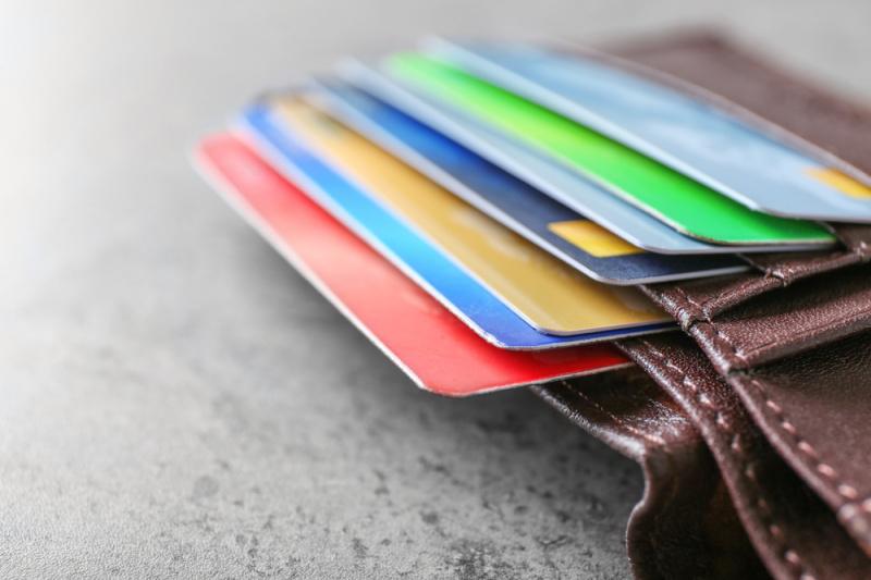 как можно получить потребительский кредит в сбербанке без поручителей