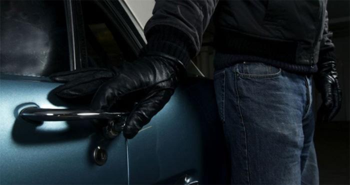 Кто платит по кредиту если авто угнали
